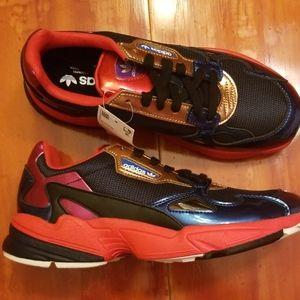 New women's Adidas CG6632 Falcon Running Shoes